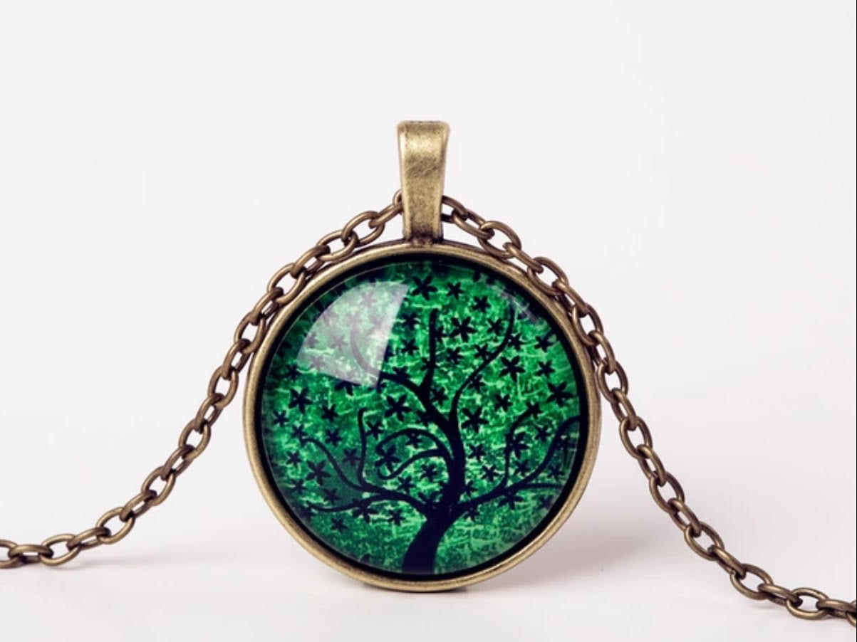 Cabochon hanger met ketting levensboom groen brons